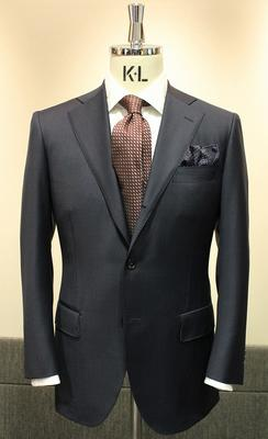 Model:BLACK LABEL CLASSIC Fabric:LORO PIANA TASMANIAN Super150's Wool