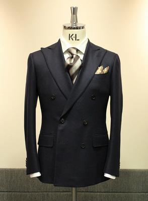 Model:BLACK LABEL CLASSIC Fabric:LORO PIANA DREAM TWEED 100%Wool