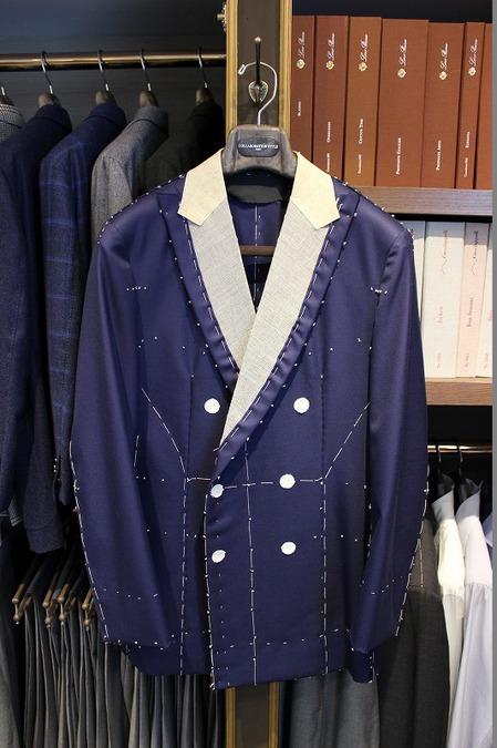 I様 2015AW仮縫い①ハンガー.jpg