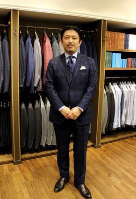 Model:BLACK LABEL COMFORT Fabric:DRAPERS BLAZON 100%Wool(SUPER150'S)