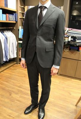 Model:BLACK LABEL COMFORT Fabric:DRAPERS BLAZON 100%Wool(SUPER150'S)