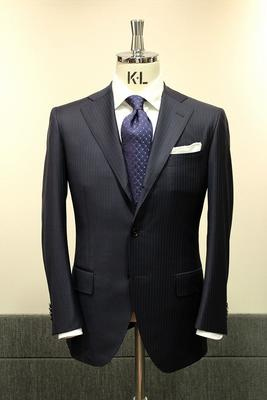 "Model:BLACK LABEL CLASSIC Fabric:LORO PIANA""ROYAL WISH""Super170's&Silk"