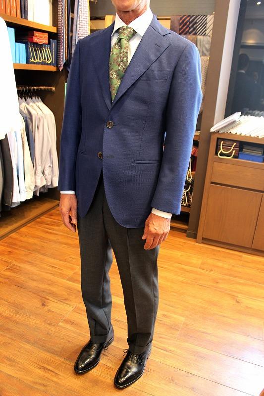 大人の嗜み!体型に合った着心地の良いスーツを求めて!