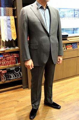 Model:BLACK LABEL COMFORT Fabric:LORO PIANA TASMANIAN SUPER150'S WOOL