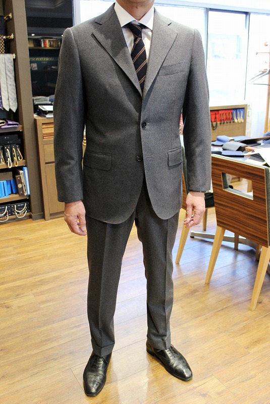 HAND MADE SUIT Fabric by DRAPERS