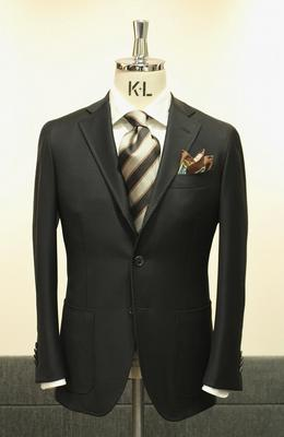 Model:BLACK LABEL COMFORT Fabric:CACCIOPPOLI 100%Wool(Super130'S)