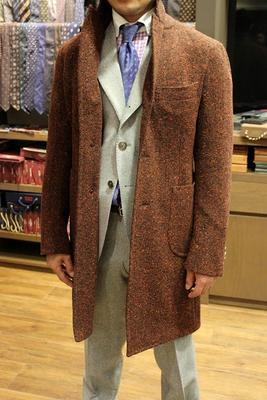 Model:BLACK LABEL SINGLE CHESTER COAT SENZA INTERNO Fabric:HOLLAND&SHERRY DONEGAL TWEED