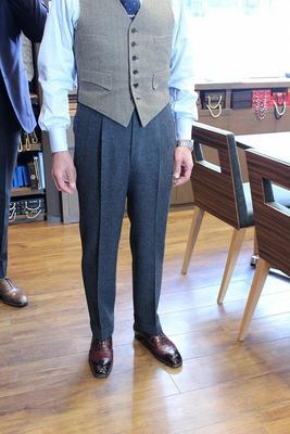 BESPOKE PANTS by OSAKU HAYATO Fabric:FOX BROTHERS 100%Wool Flannel