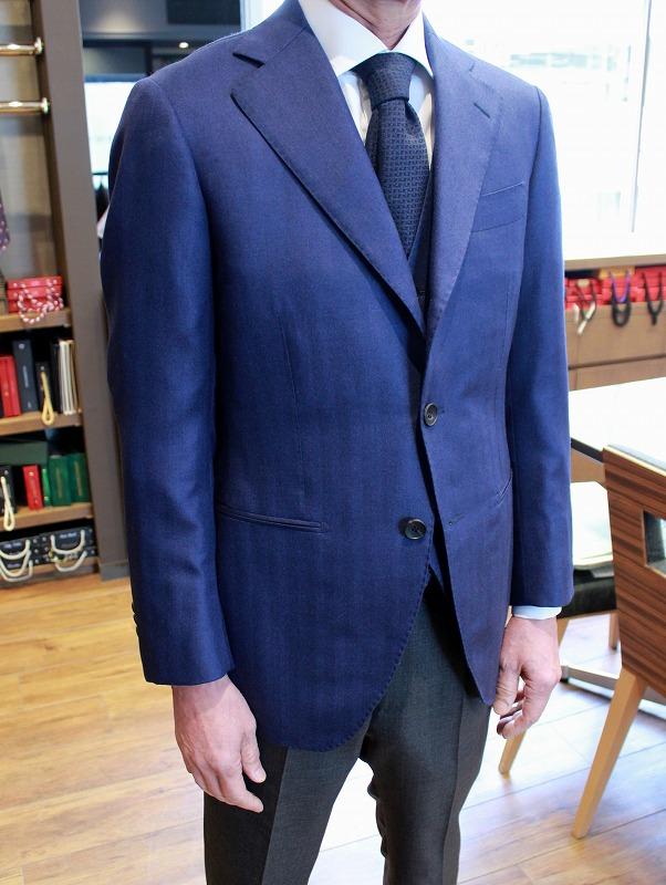 ARISTON のCASHMERE&SILKで仕立てた素敵なジャケット達