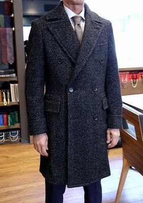 Model:DOUBLE POLO COAT Fabric:DRAPERS Wool,Silk,Babylama,Mohair&Polyamide