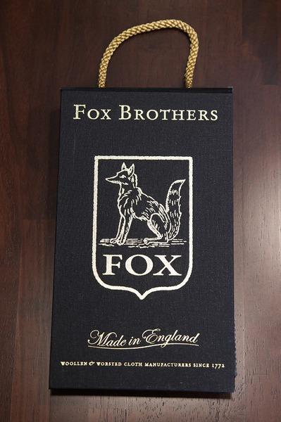 17AW FOX_BUNCH.jpg