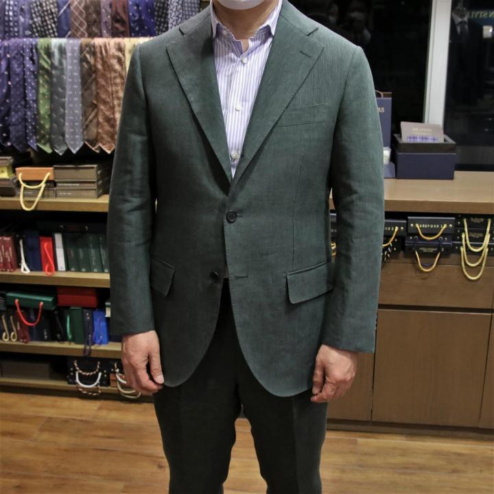 素敵なリネンスーツ Fabrics by SPENCE BRYSON & SOLBIATI