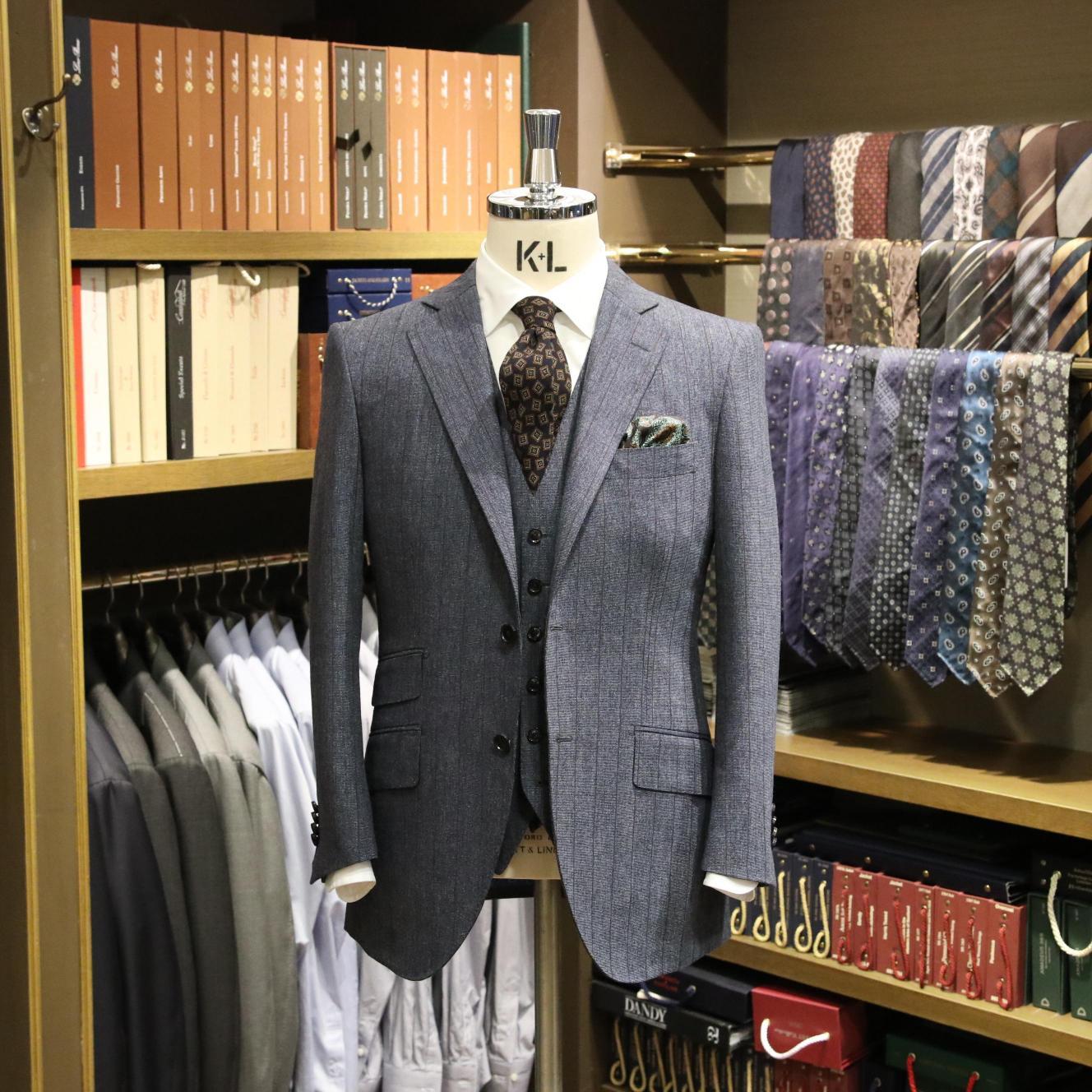 MODEL:BLACK LABEL FABRIC:CANONICO 100%Wool